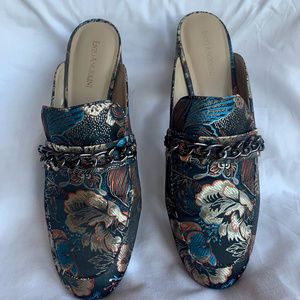 Enzo Angiolini Gilian Tapestry Mules Sz 11